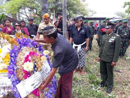 Acara Pemakaman Veteran Kemerdekaan Alm.Gede Pasek